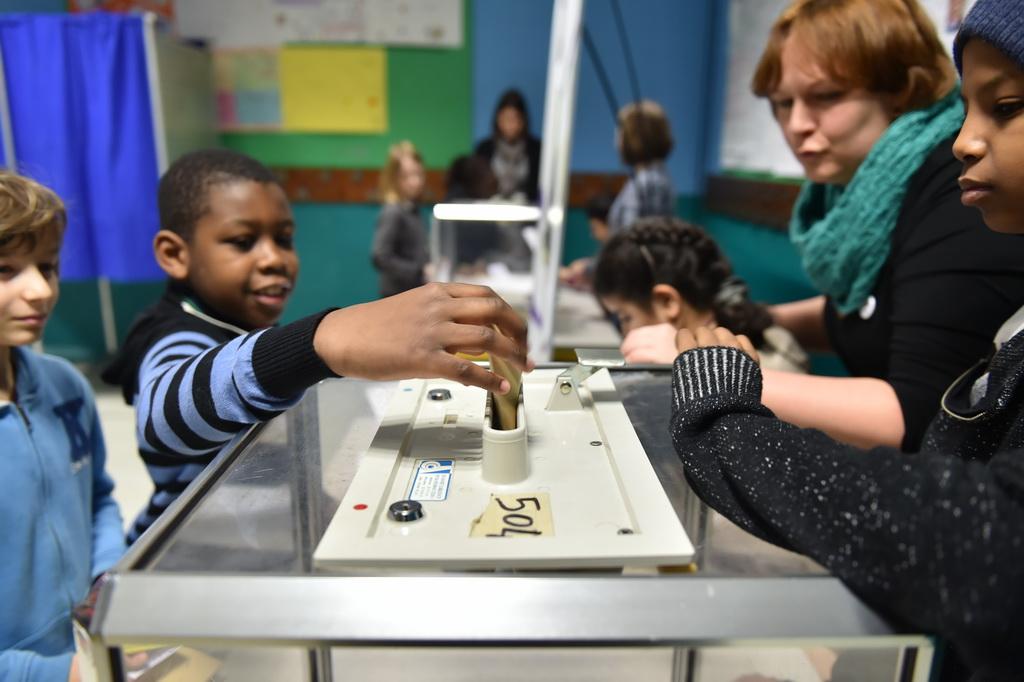 Conseil municipal d enfants ecole boufflers monge lille - Cours de cuisine enfant lille ...
